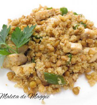 quinoa con lentejas, pollo y pimiento