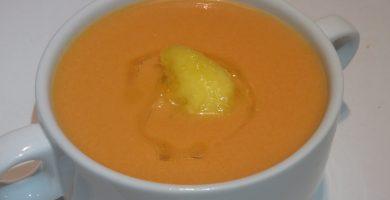 Gazpacho de nectarina