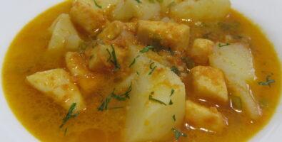 Guiso de patatas con sepia