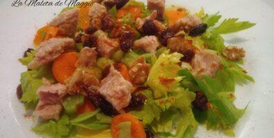 ensalada de apio, atún y zanahoria